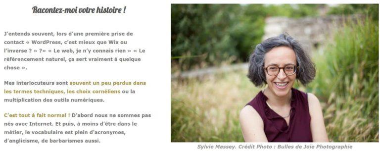 Portrait de Sylvie Massey dans sa page à propos